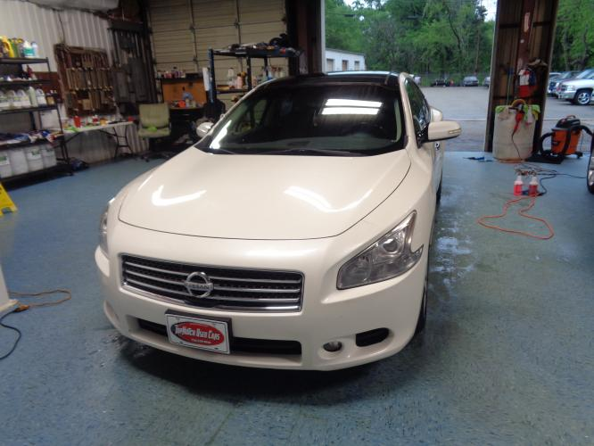 2010 WHITE Nissan Maxima S (1N4AA5AP4AC) with an 3.5L V6 DOHC 24V engine, CVT transmission, located at 900 East Davis Street, Conroe, TX, 77301, (936) 539-9909, 30.314880, -95.446770 - Photo #0